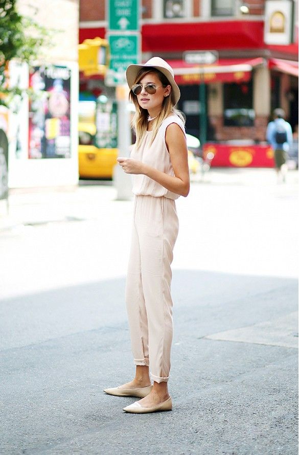 Danielle Bernstein pairs her neutral romper with nude flats and a summer hat for a sleek warm weather look. // #Fashion
