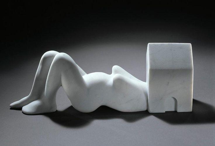 Louise Bourgeois / femme maison, 1994