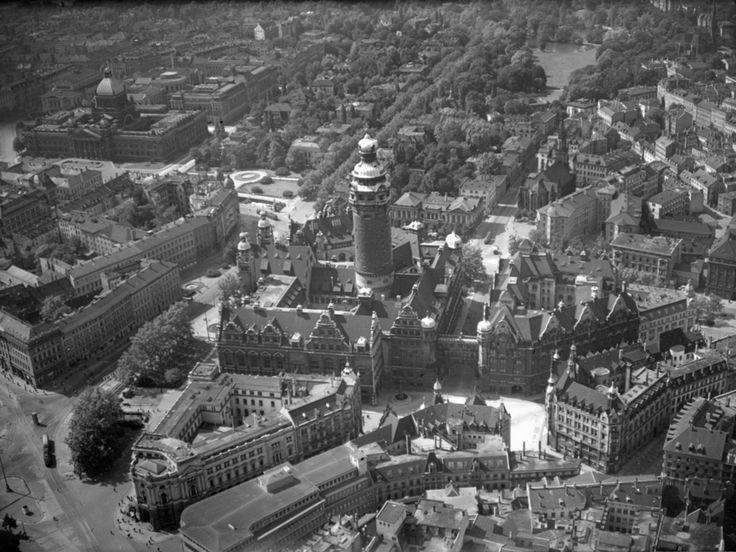 Rathaus von Leipzig: Das Foto zeigt die Leipziger Innenstadt mit dem neuen...