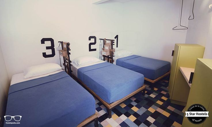 This is the 3-Bed private room at Makati Junction Hostel
