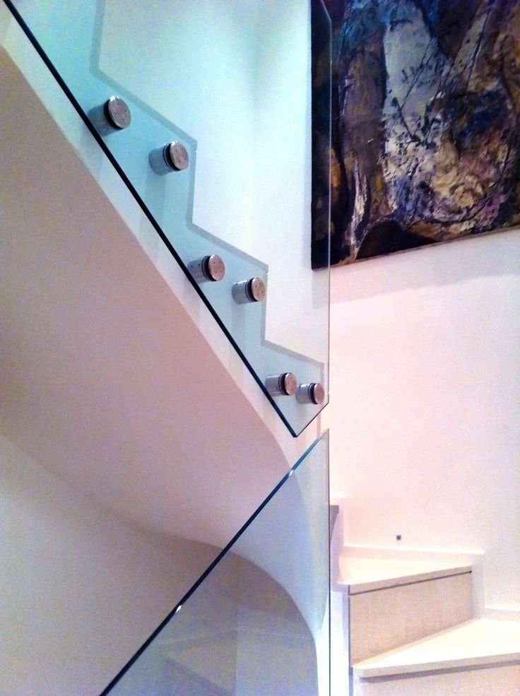 1000 ideas about glass stair railing on pinterest glass stairs modern staircase and modern. Black Bedroom Furniture Sets. Home Design Ideas