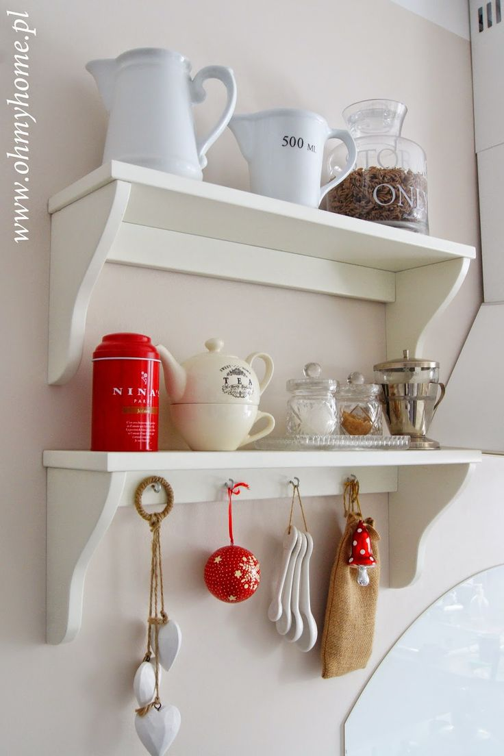 Kitchen shelf with red&white