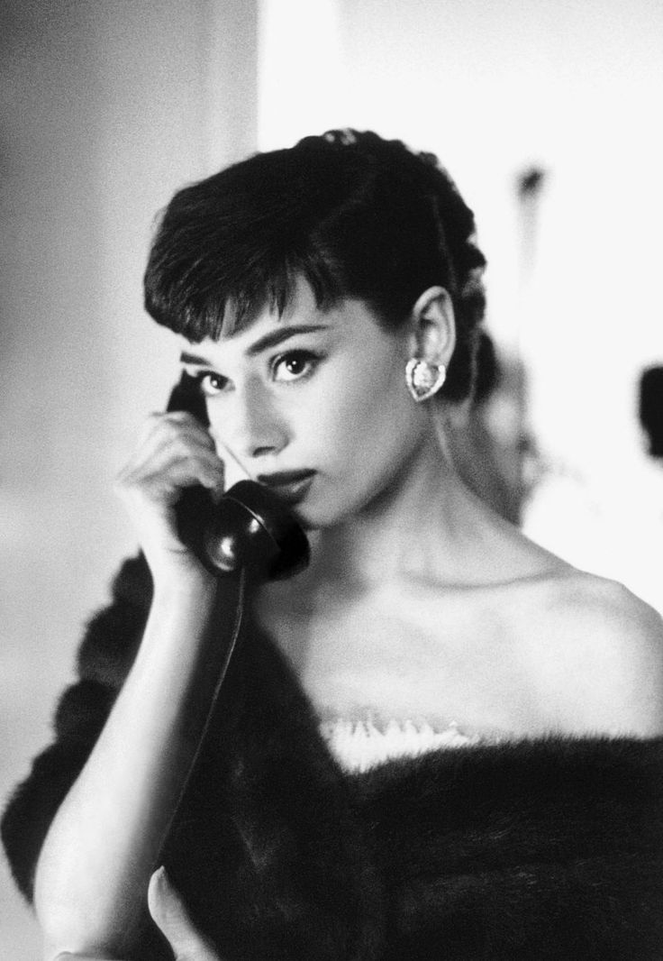 Audrey Hepburn, 1953, photo by Bob Willoughby