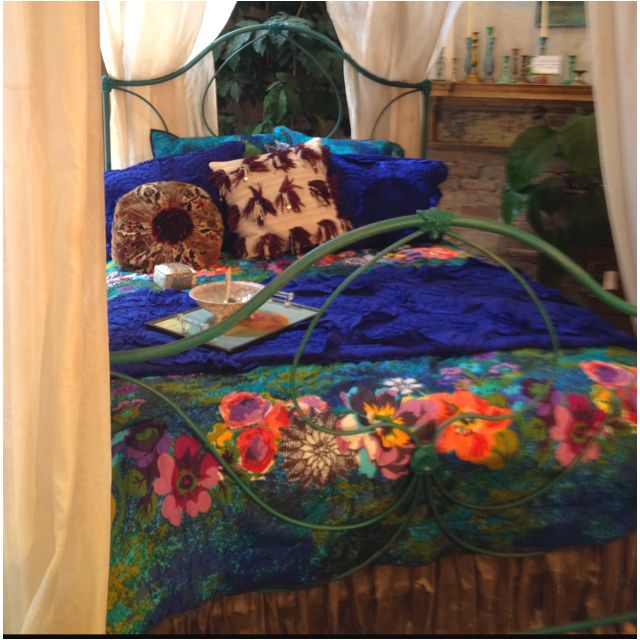Love the dark blue and floral! Anthropology