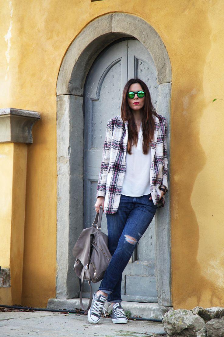 Outfit : coat Sheinside, Bag Postina zanellato, shoes sarenza, sunglasses Essequadro  www.ireneccloset.com
