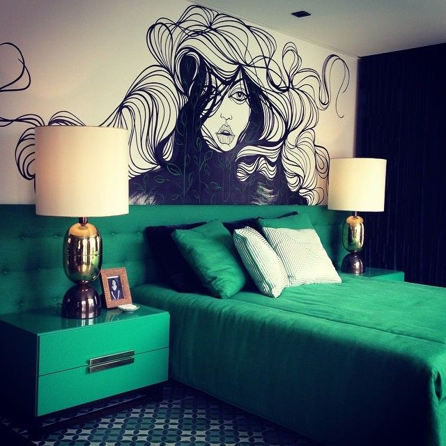 1000 ideas about emerald green bedrooms on pinterest for Emerald green bedroom ideas