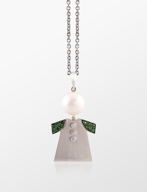 Molu İnci Bebek Kolye / Pearl Baby Necklace http://alwaysfashion.com/p/535/savotit-inci-bebek-kolye/557