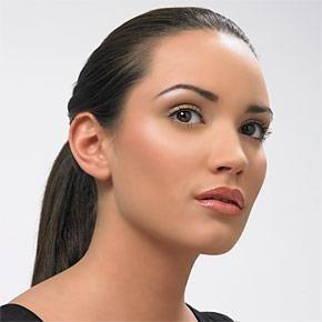 Κομψό μακιγιάζ γραφείου που θα κλέψει τις εντυπώσεις! | Είμαστε Γυναίκες | Το απόλυτο γυναικείο περιοδικό