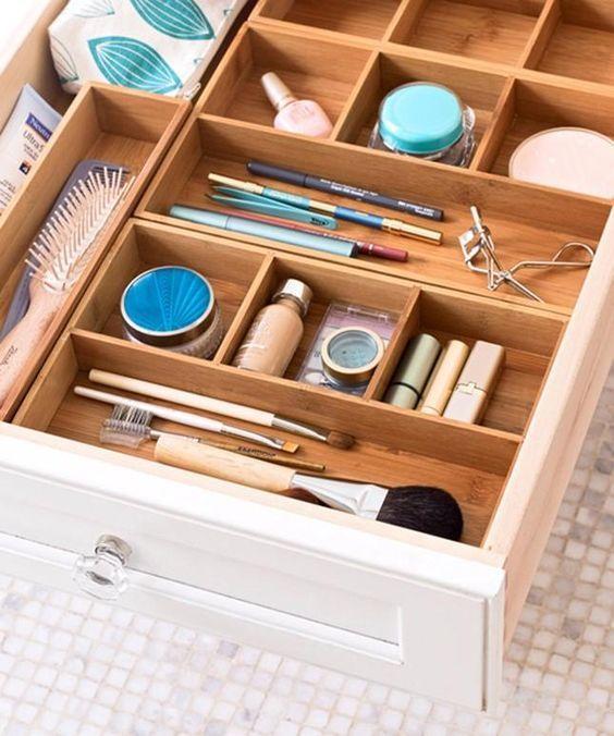Les 25 Meilleures Idées De La Catégorie Rangements Maquillage Sur