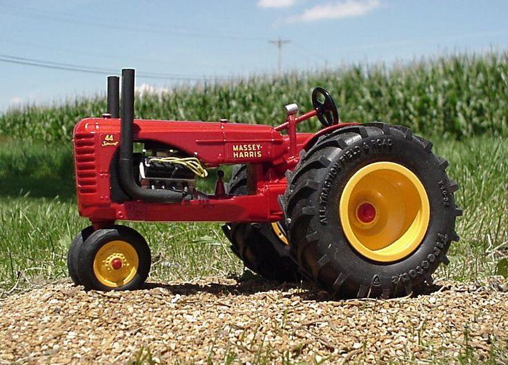 Massey Garden Tractor Pullers Massey Harris 44 Pulling