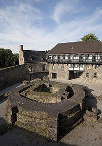 Das Schloß Broich in Mülheim
