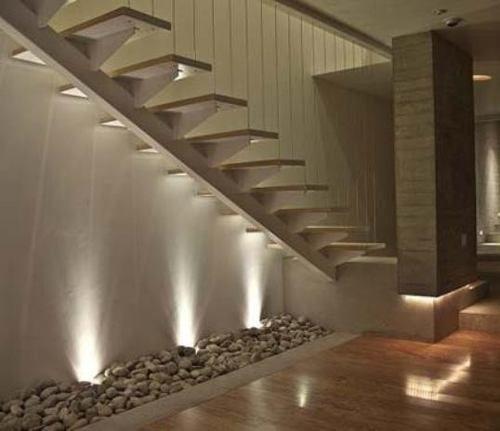 M s de 25 ideas incre bles sobre pasamanos de la escalera for Escaleras de metal y madera