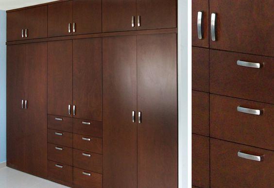 M s de 25 ideas incre bles sobre closets de madera en for Muebles para zapatos bogota