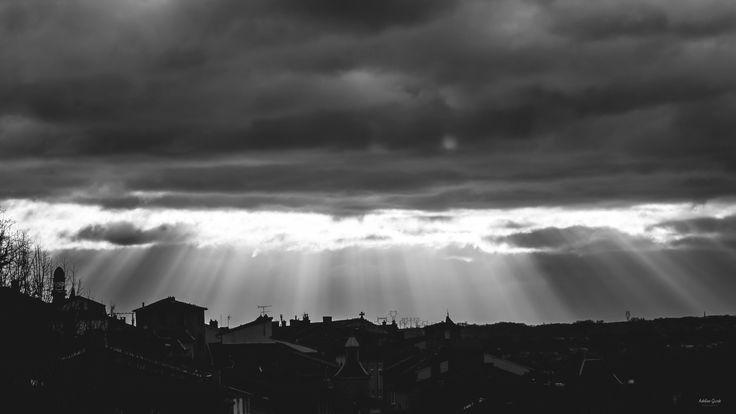 limière divine - une belle lumière divine de bon matin.