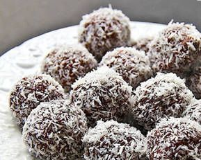 Satisfy your sweet tooth and give yourself a healthy, low GI energy boost by consuming these protein-packed chocolate balls.