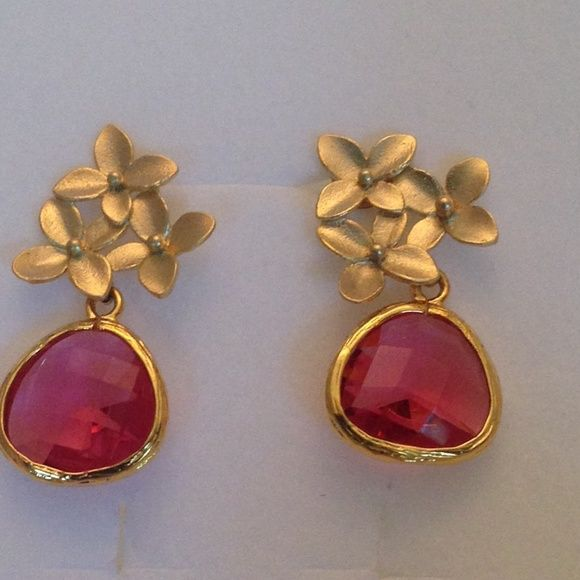 14 K GP cherry ruby stud post dangle earrings❤️ Gorgeous, hand made, 14 k yellow gold plated, stud post earrings, with Indian, Cherry, faceted bevel, rubies. Floral pattern at top. . Very light weight & so pretty!  1x1/2 inch. NWOT hand made Jewelry Earrings