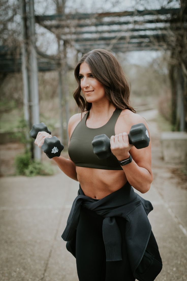 Weekly Workout Routine: Lululemon Nulux Crop | A Southern Drawl