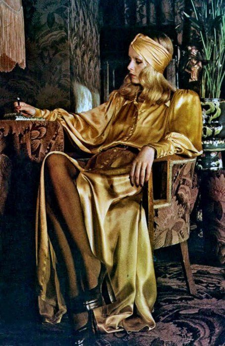 Twiggy in Biba, 1970's. I chose this picture because the girl in this picture looks so aristocratic!