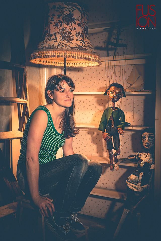 Photoshoot in Fusion Magazine: Emma Fisher with puppets