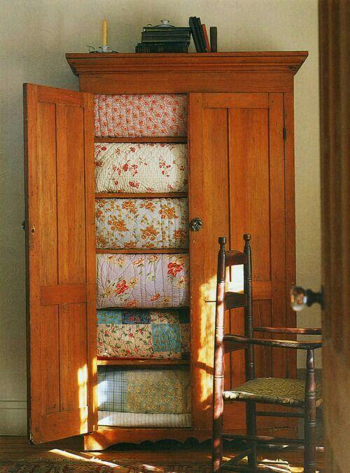 14 Best Quilt Cabinets Images On Pinterest Quilt Racks