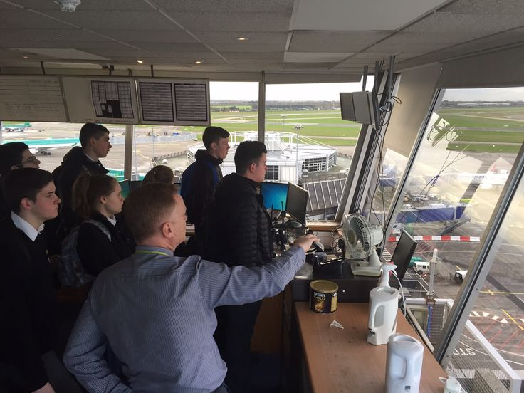 Students visit the Pod at Dublin Airport as part of the Business in the Community programme