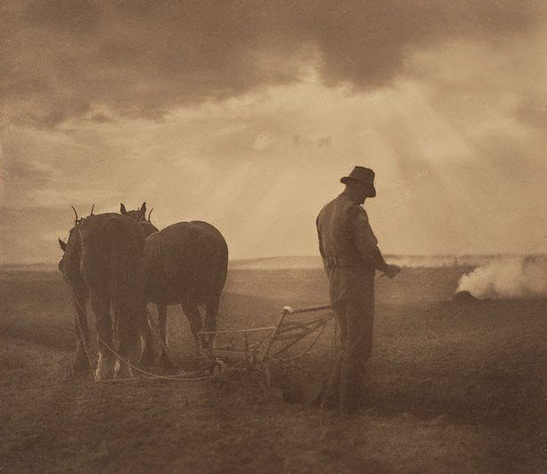 Harold Cazneaux (New Zealand, Australia 1878–1953) Peace after war and memories 1918 gelatin silver photograph