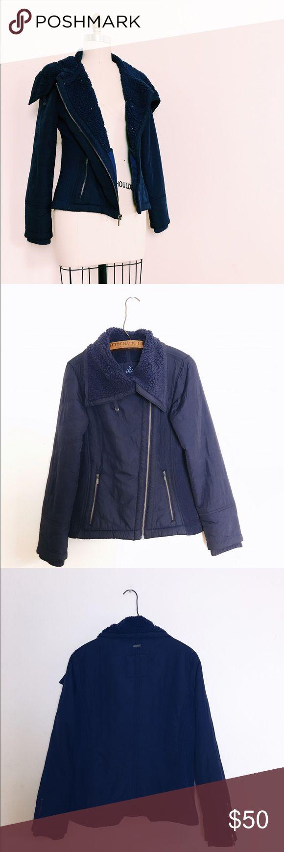 PrAna Women's Diva Jacket Navy blue zip up jacket from prAna! Cozy-fuzzy lining, sleek exterior. Prana Jackets & Coats