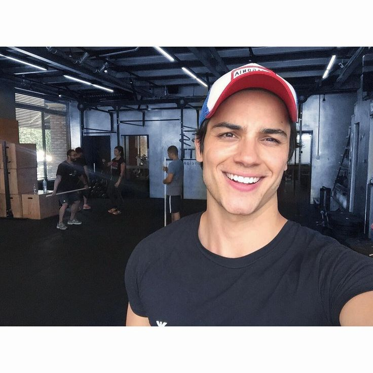 """29.4 tisuća oznaka """"sviđa mi se"""", 328 komentara – Dr. Gabriel Prado (@gabrielndsprado) na Instagramu: """"Já amanheceu, bora sair de casa!! Passando pra mandar aquele bjuu goxxxtosu e desejar um fds…"""""""