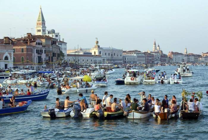 Cos'è la festa del Redentore di Venezia - La passerella sulla Giudecca, le origini e i momenti da non perdere