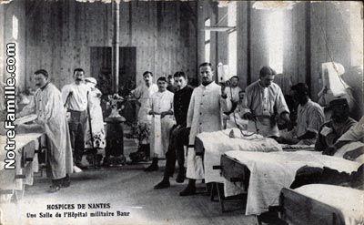 salles communes hôpitaux | ... Nantes, 44000 : HOSPICES Une Salle de l'Hôpital militaire Baur - 1600