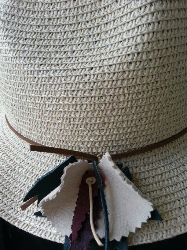 Deri orkide &şapka