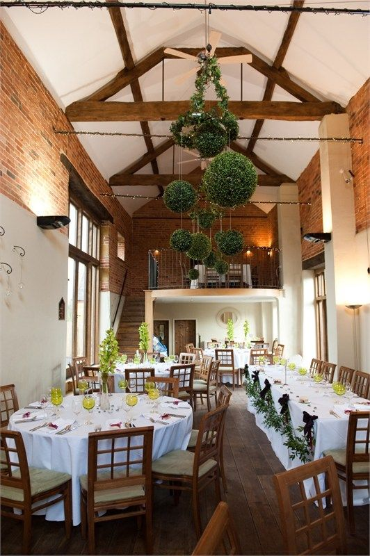 Dining in the Catesby Barn at Dodmoor House (Northamptonshire)