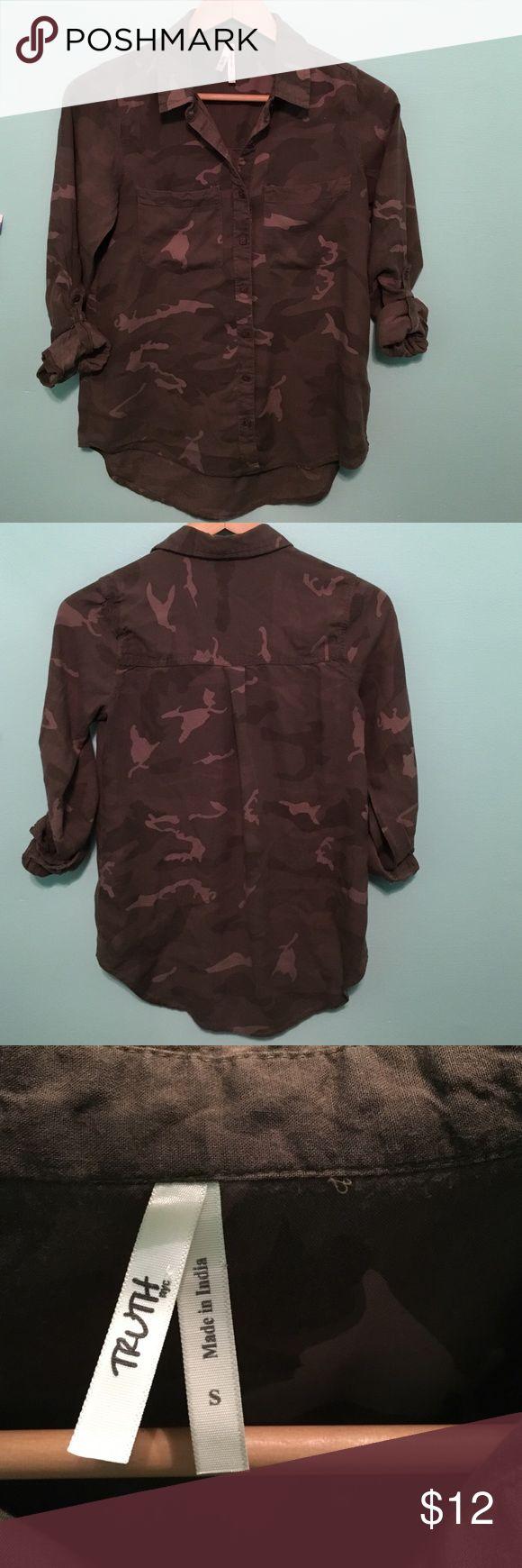 Women's Long Sleeve Camouflage shirt Used: Camo print long sleeve shirt Truth nyc Tops Button Down Shirts