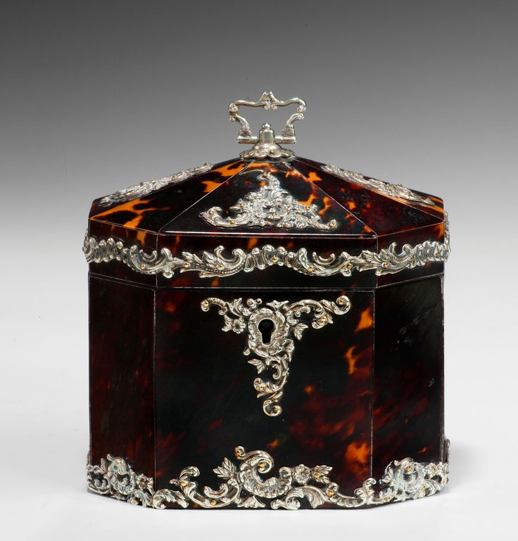 ANTIQUE OCTAGONAL TORTOISESHELL AND SILVER TEA CADDY - Date: Birmingham 1891-1892 // A highly decorative tented top octagonal tortoiseshell and silver tea caddy. The top and bottom of the main body with a continuous ornate silver band, together with ornate silver mounts to the top, the lid opens to reveal a single compartment with a tortoiseshell lidded top. - // Price: £4750 // - Maria Elena Garcia - ► www.pinterest.com/megardel/ ◀︎