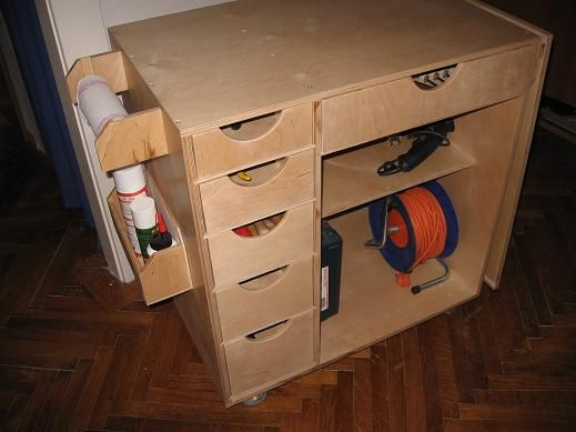 Plywood tool box rolling with folding table