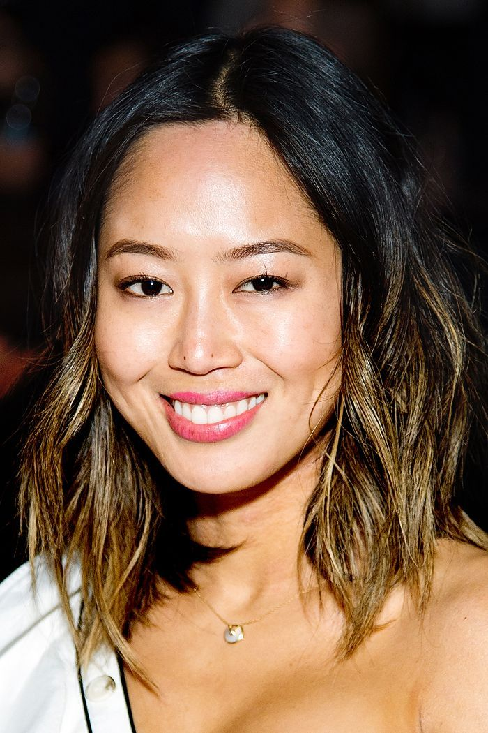 We've rounded up the best shoulder-length haircuts for thick hair from our f...