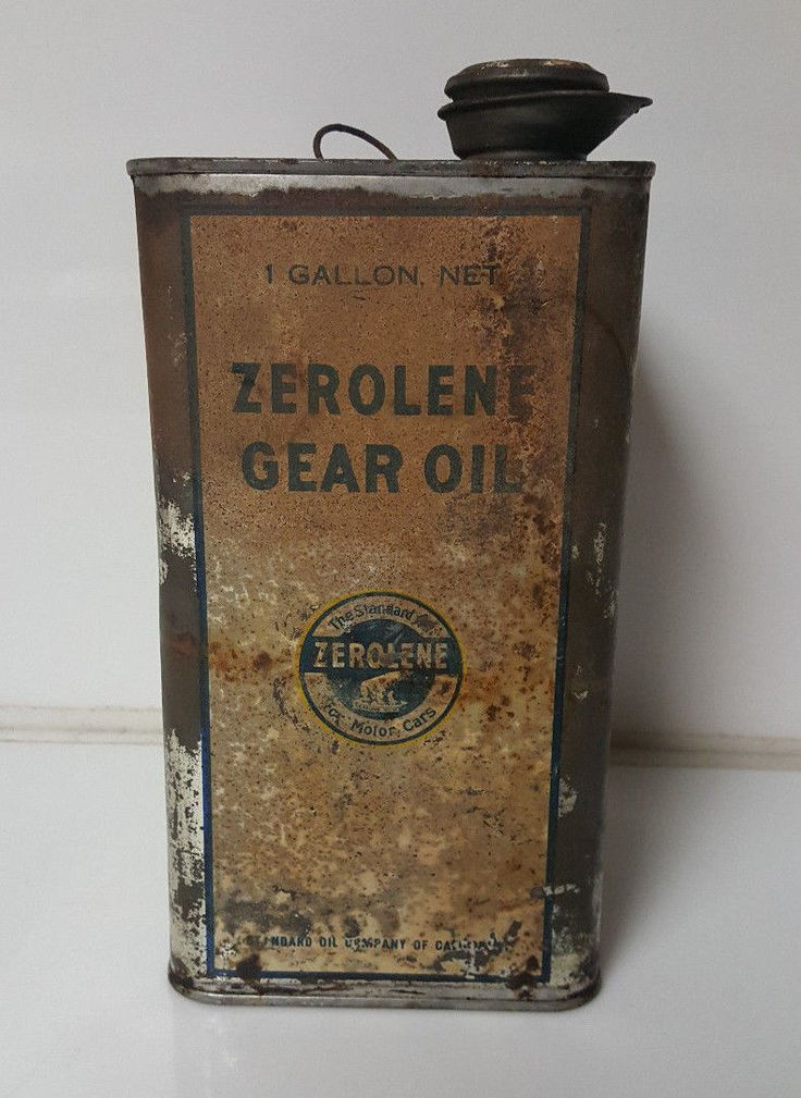 Vintage Oil Can Zerolene 1 Gallon Polar Bear Standard Oil Company Rare