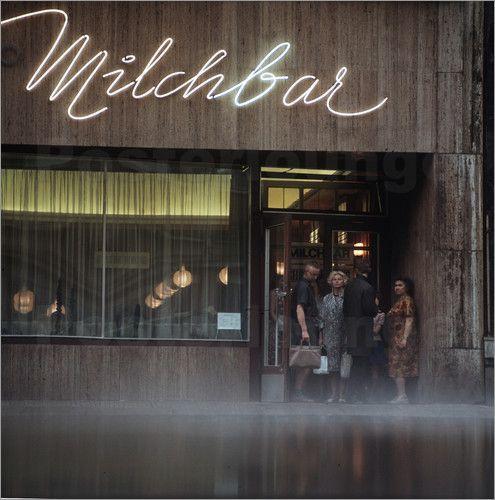 Klaus Morgenstern: HO Milchbar, Leipzig, 1968