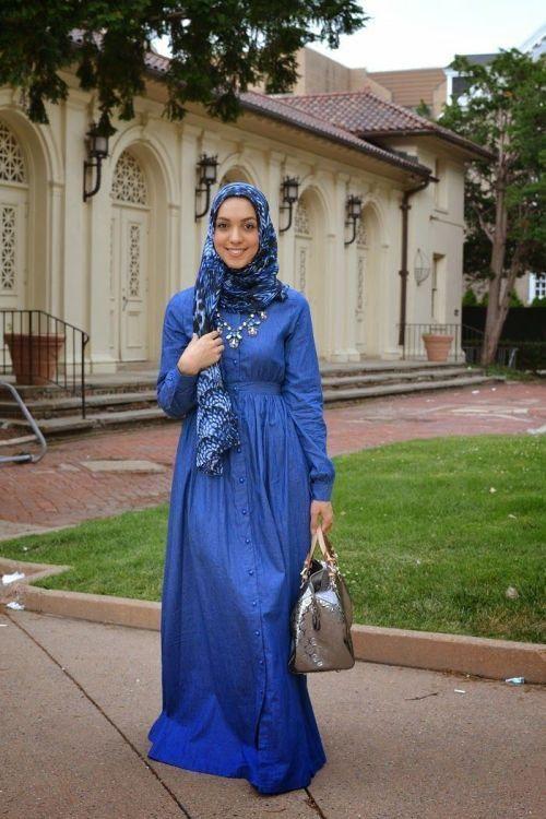 blue long sleeve maxi dress hijab outfit, Stylish hijab looks by Hani Hulu http://www.justtrendygirls.com/stylish-hijab-looks-by-hani-hulu/