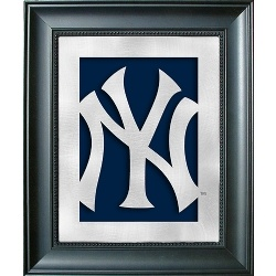 17 best images about yankees room ideas on pinterest for Yankees bathroom decor