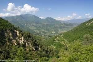 Sospel, village des Alpes-Maritimes au bord de la Bévéra