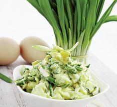 Leurda poate înlocui usturoiul cu succes şi este foarte sănătoasă. Iată o salată de leurdă cu ou care îţi va fi pe plac!