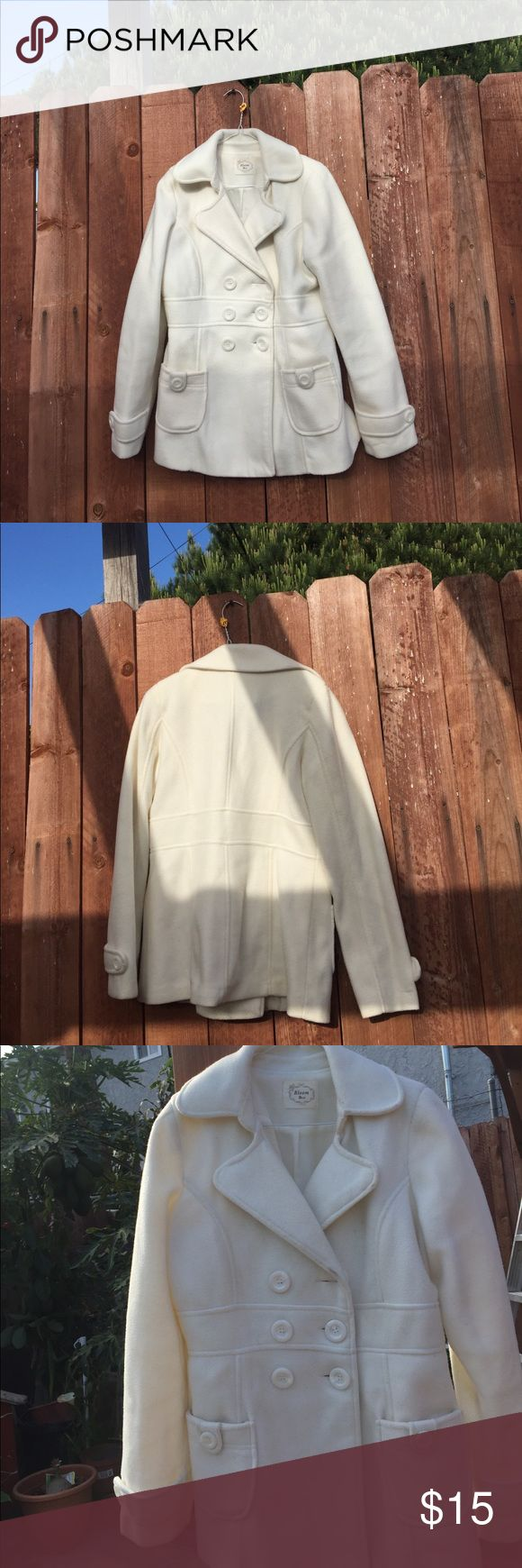 Cream Petite Coat ⭐️ Coat has a small stain on bottom left that is not noticeable when buttoned. Other than that it is in great condition! Jackets & Coats Trench Coats