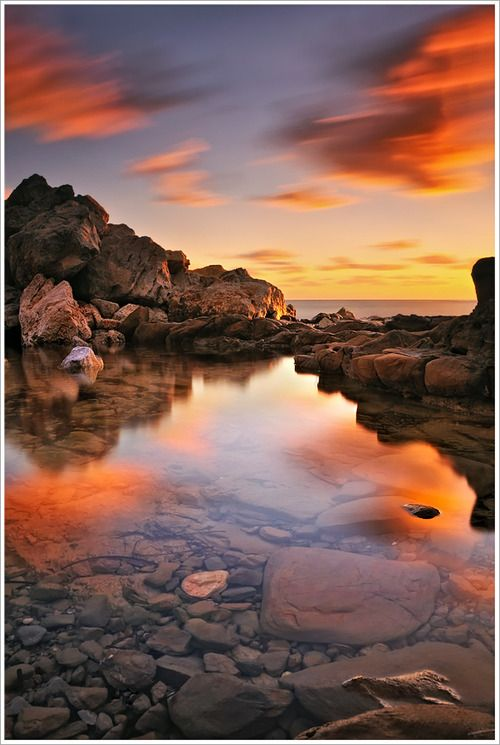 peaceful: Red, Mary With, Greece, Beautiful, Sunsets Pools, Greek Islands, Adventure Travel, Photo, Marykay