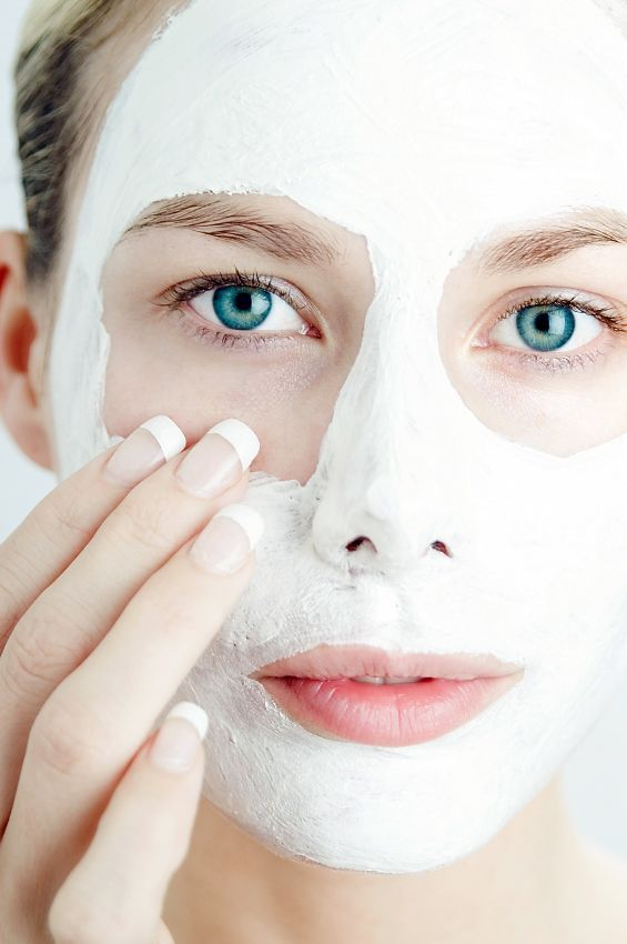 20 DIY Facial Mask Recipes - DONT MISS this huge list of easy homemade facial masks for cleansed, soothed, detoxified skin!