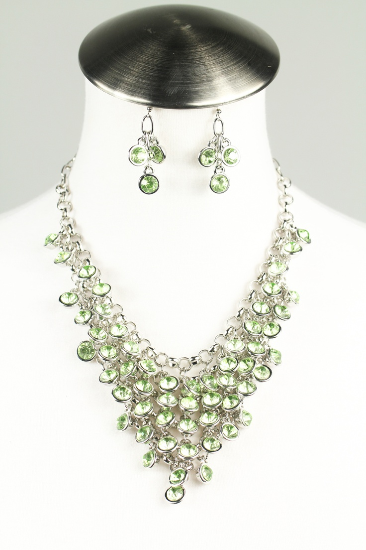 Rhinestone cluster necklace set $24: Cluster Necklace