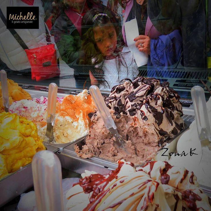 #zonakbogota #zonak #michellegelato #food #howisummer @michellegelato  Los quiere probar  todos......100%natural