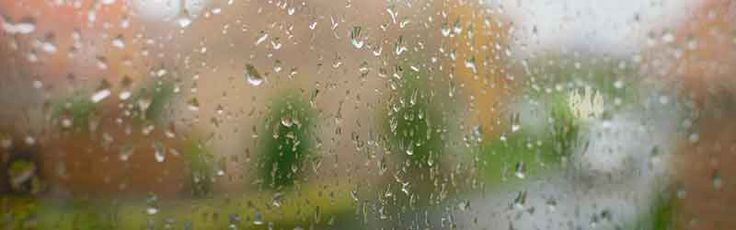 Tips for when you have to move in the rain