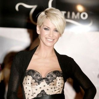 Sarah Harding Short Crop: Pixie Cuts, Short Haircuts, Pixie Hairstyles, Hair Styles, Makeup, Short Hairstyles, Short Pixie, Beauty