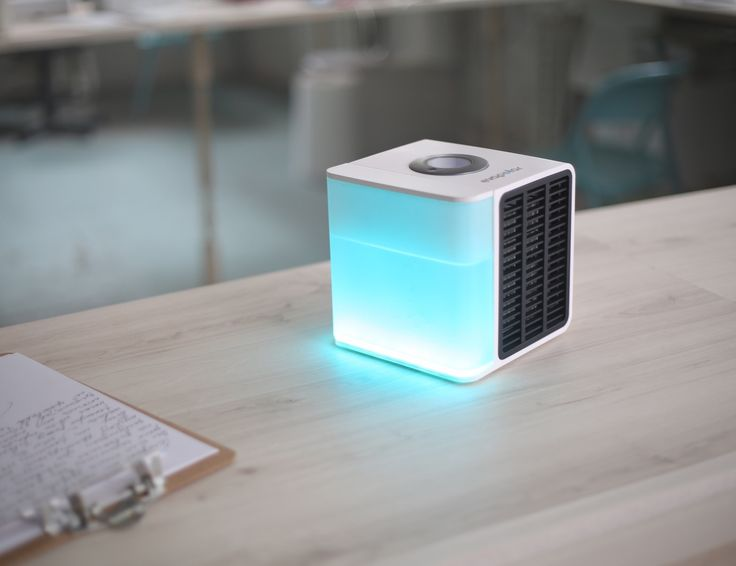 Evapolar Is The World S First Desktop Personal Air Conditioner It Cools Humidifies And Cleans